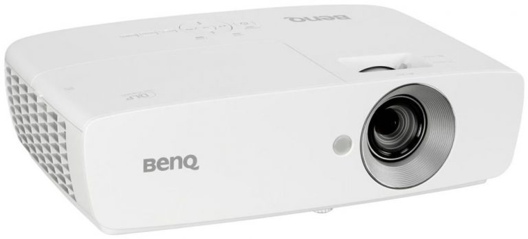 Benq W-1090 1080p short throw projector